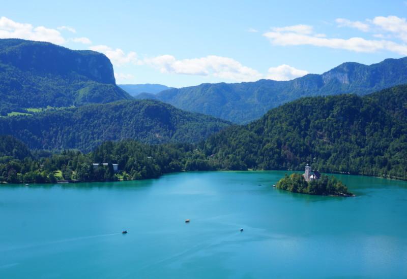 まるでおとぎの国!スロベニア ブレッド湖