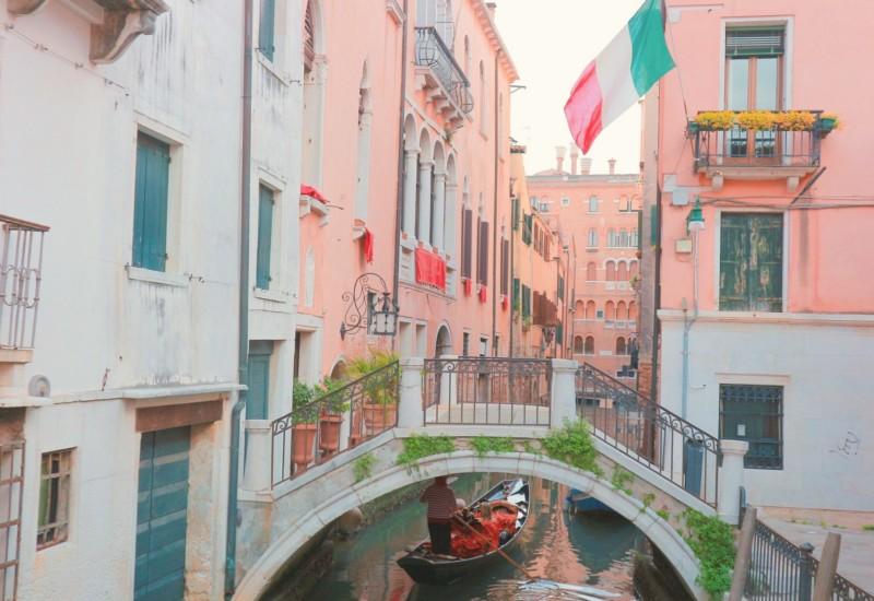ヴェネツィア、ミラノ、ブラーノ島。イタリアの魅力をぎゅっと。