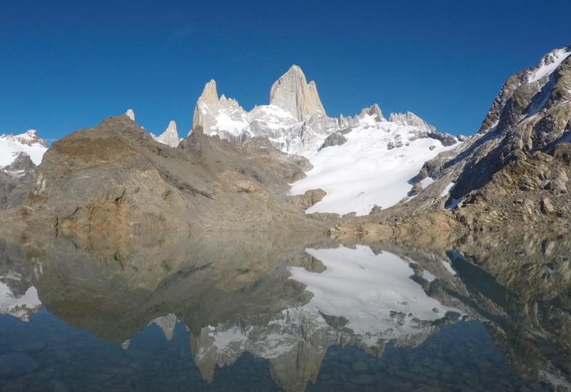 「フィッツロイ山」...それは「patagonia」のロゴイメージにもなった名峰だった。