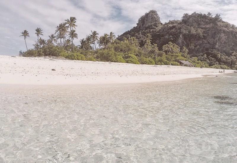 【フィジー】トムハンクス主演映画『CAST AWAY』の舞台「モンドリキ島」にも行けるアイランドホッピングツアー